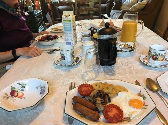 Goring, UK: Vegetarian Full English Breakfast at Melrose Cottage