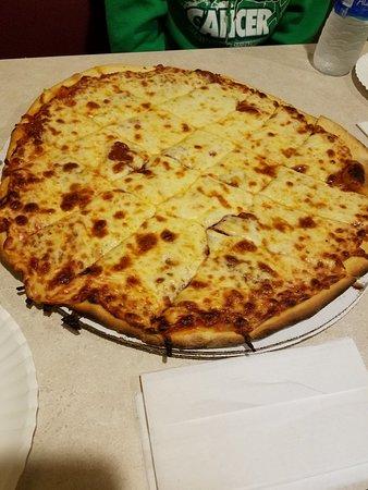 Marseilles, IL: Sam's Pizza