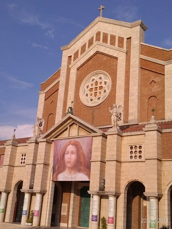 Santuario Santa Maria Goretti: P_20180822_181150_p_large.jpg