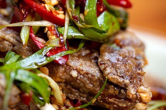 Rice-crusted-lamb-rib,-pun-cha-vinegar,-candied-chilli,-rock-sugar
