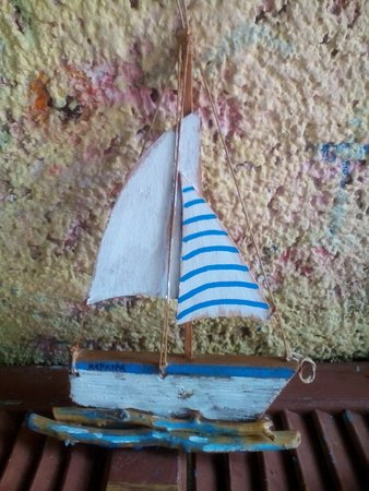 Ionios Anemos Hand Made Products: Drift wood art.