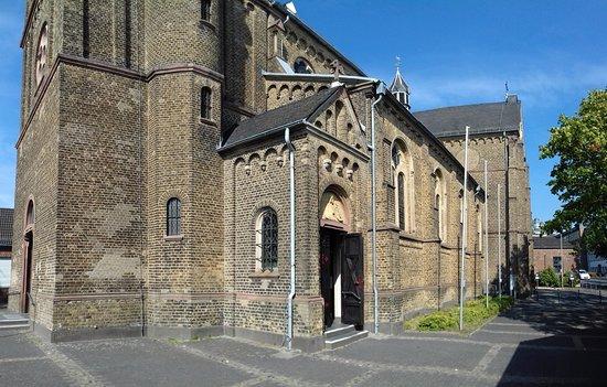 Bergisch Gladbach, Jerman: Portail d'entrée