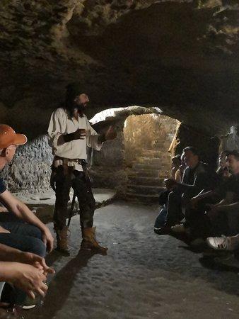 Nottingham Robin Hood Town Tour: Underground caves