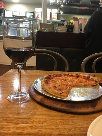 Beechworth Pizza & Takeaway