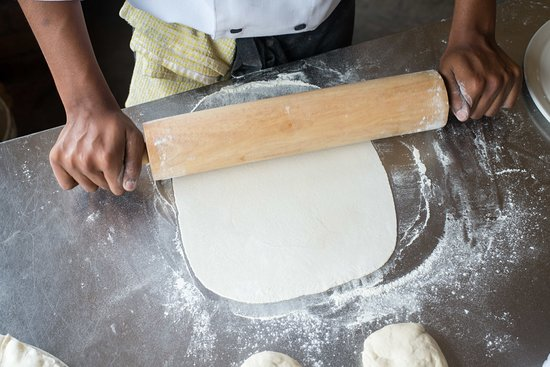 Botha's Hill, South Africa: All our pizza is made from scratch by our chef school students