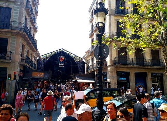 Plaza de Cataluña: Placa Catalunya BARCELONA