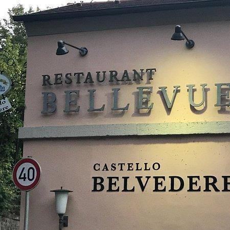 Ristaurante Castello Bellevue Belvedere in Bad Rückenau und Ausblick