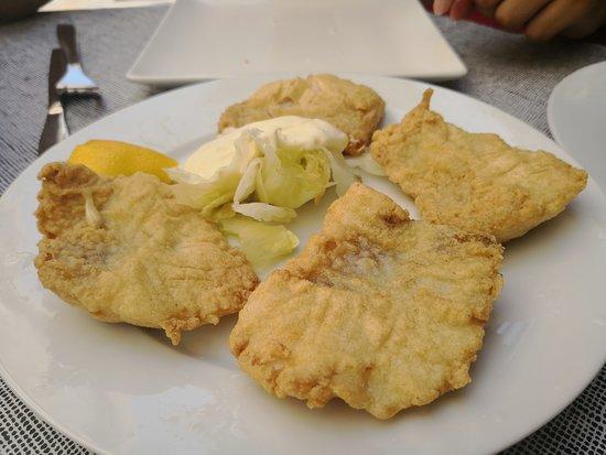 Artola, Spain: Ración rosada frita (5€)