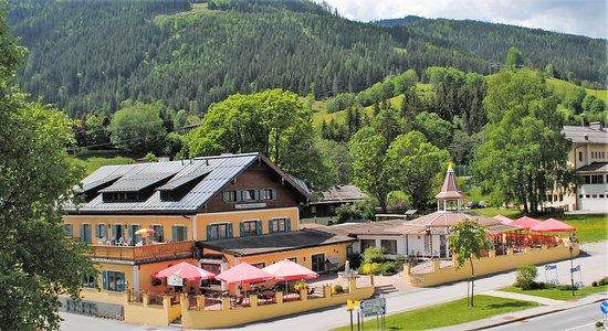 Forstau, النمسا: Forstauerwirt im Sommer