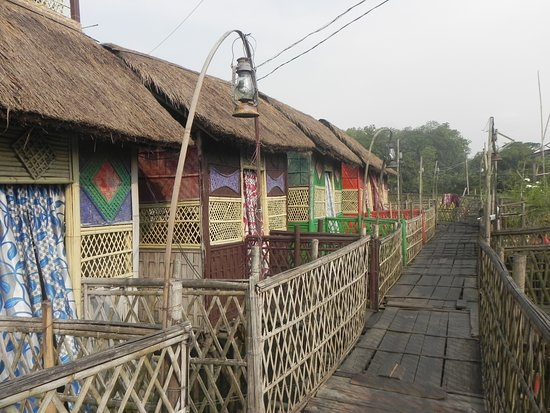 Bamboo Cottages for families