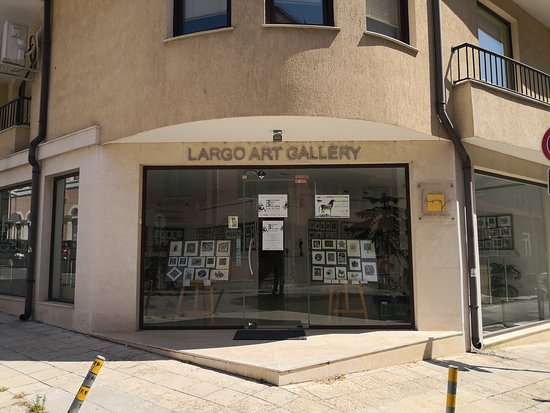 ‪Largo Art Gallery‬