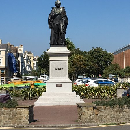 William Harvey Statue