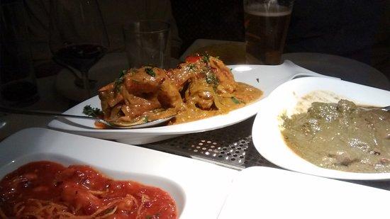 The Goa Balti: Various curries