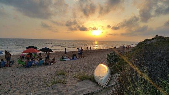 Spiaggia di Cannitello: 20180902_191057_large.jpg