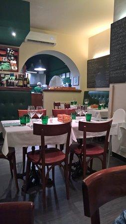 Sala con cucina a vista - Picture of Trattoria Rosmarino, Genoa ...