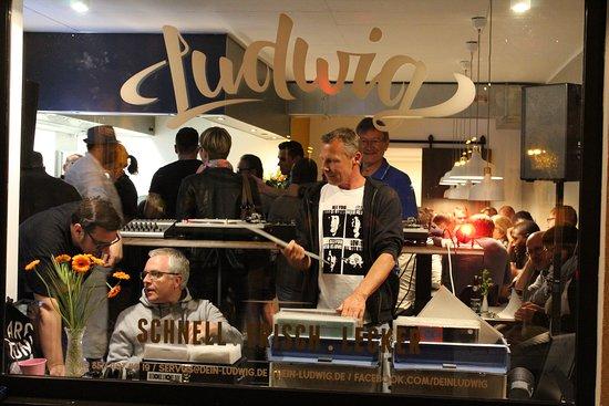 Simbach am Inn, Niemcy: Vinylabend im Ludwig