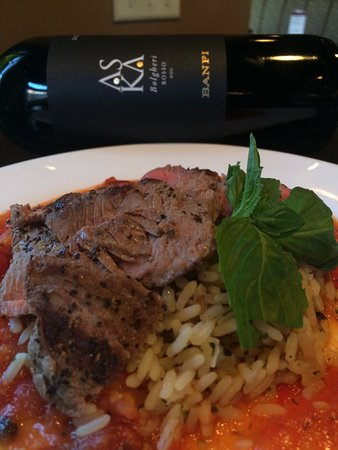 Winedown Cafe & Wine Bar: Some of the specials at Winedown