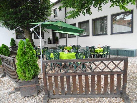 Neustadt an der Waldnaab, Deutschland: Biergarten