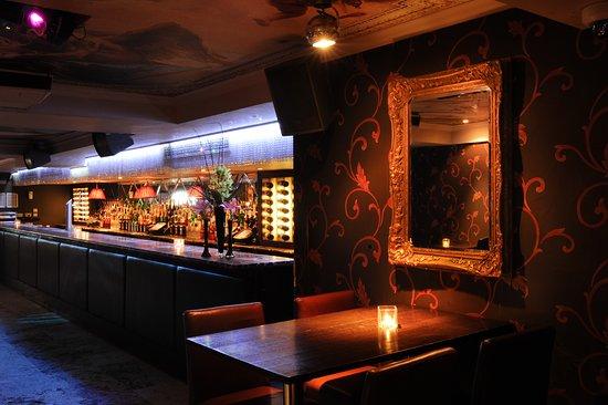 krok upp barer i London krok upp Windsor Ontario