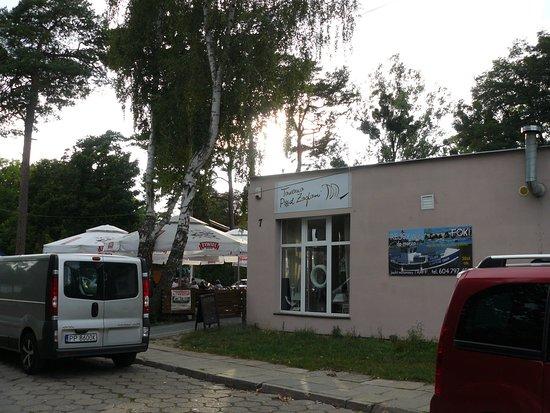Sobieszewo, Polônia: Widok na budynek tawerny