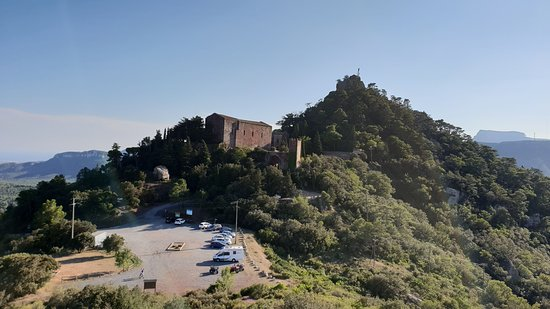 Castell Monestir d'Escornalbou: Vistas desde el Turó de Puigferrás