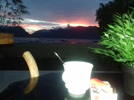 Maninjau, Indonesien: just coffe sunset