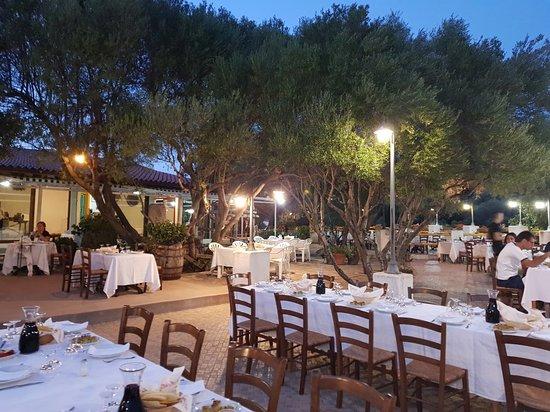 Berchiddeddu, Italia: Sa Crescia Ezza