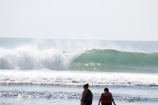 surfing waves クタ バランガン ビーチの写真 トリップアドバイザー