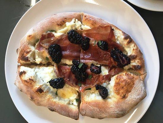Wyoming, OH: Ricotta + Prosciutto Pizza