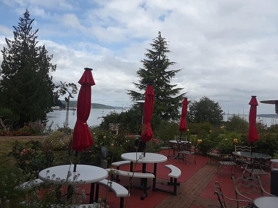 Port Hadlock, WA: Patio off the Old Alcohol Plant Restaurant with harbor in the distance