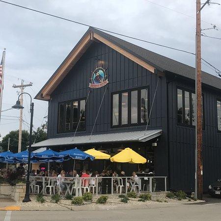Shipwrecked Brew Pub: photo5.jpg
