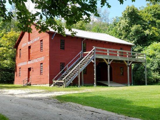Bath, OH: Hale Farm & Village Carriage Manufactory