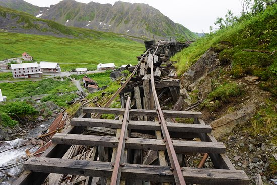 Independence Mine State Historical Park: gold mining town