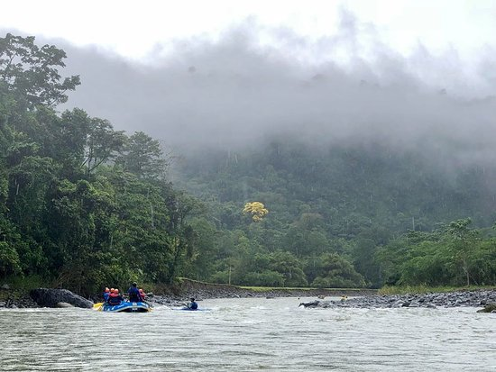 Tres Equis, Costa Rica : Magia Natural