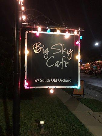 Webster Groves, Missouri: Big Sky Cafe sign at night