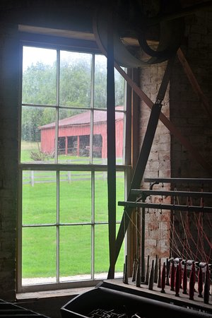 Lawson, MO: inside looking out