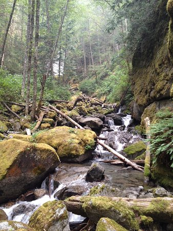 Bosumarne Falls