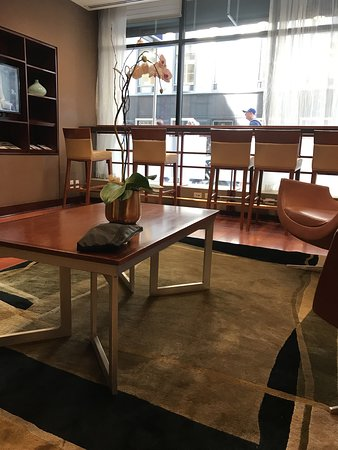 club quarters hotel central loop 85 1 3 2 updated. Black Bedroom Furniture Sets. Home Design Ideas
