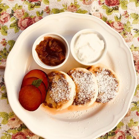 Pelmeni, syrniki and many other different simple pleasures. Пельмени, сырники и прочие радости ж