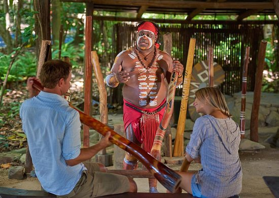 Caravonica, Australia: Didgeridoo Demonstration