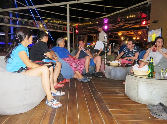Stone Restaurant & Bar: Chilling out at the Stone Bar - New Hurghada Marina (30/Aug/18).