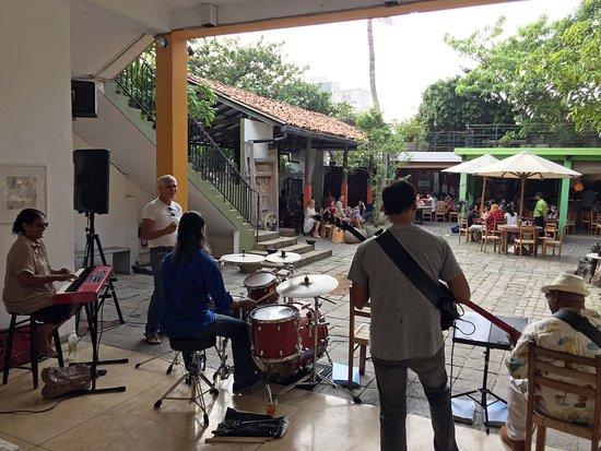 Barefoot Garden Cafe: On Sundays we have live jazz.