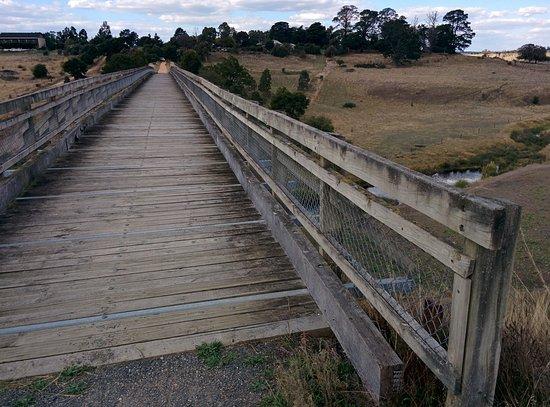 Smythesdale, Australia: The bridge top walkway