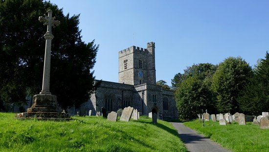 Cobham, UK: St Mary Magdalene Church