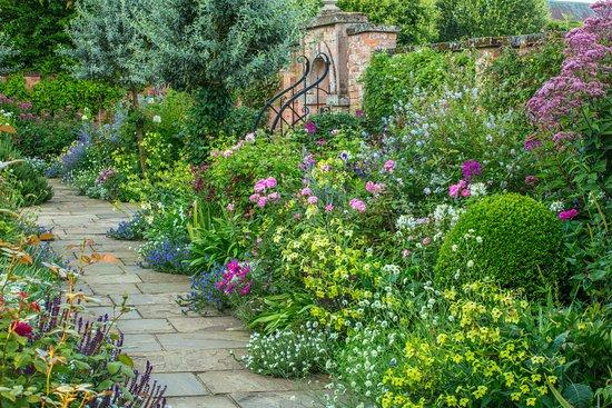 Morton Hall Gardens