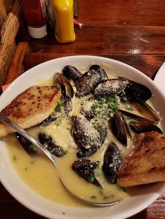 Wadsworth, IL: Mussels
