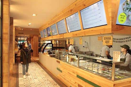 Espejos Comedor - Picture of SaladStop!, Barcelona - TripAdvisor
