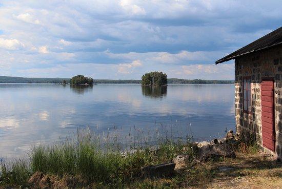 Angelsberg, Szwecja: Utsikt över sjön Åmänningen, sett från Oljeön