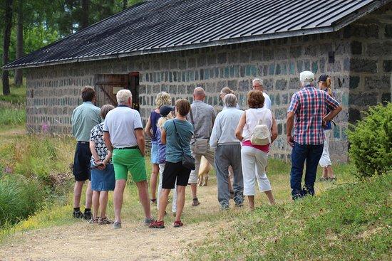 Angelsberg, Szwecja: Guidad visning. Oljekällare i bakgrunden
