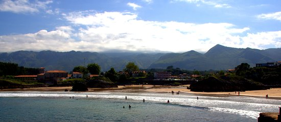 Celorio, Spania: A beautiful beach in Asturias,close to everything,peaceful and comfortable for families and anyo